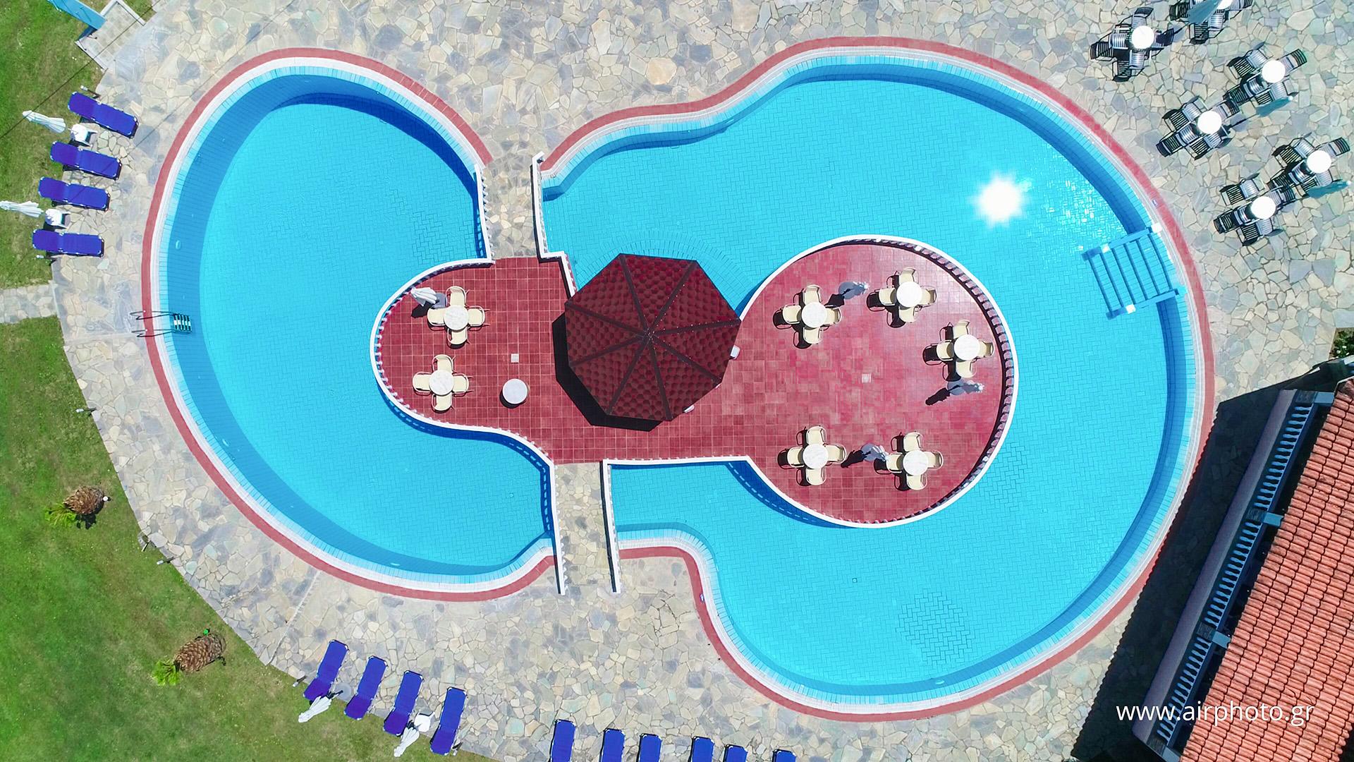 Πισίνα αεροφωτογραφία
